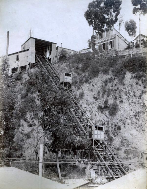 Ascensor del cerro Concepción, c. 1900.