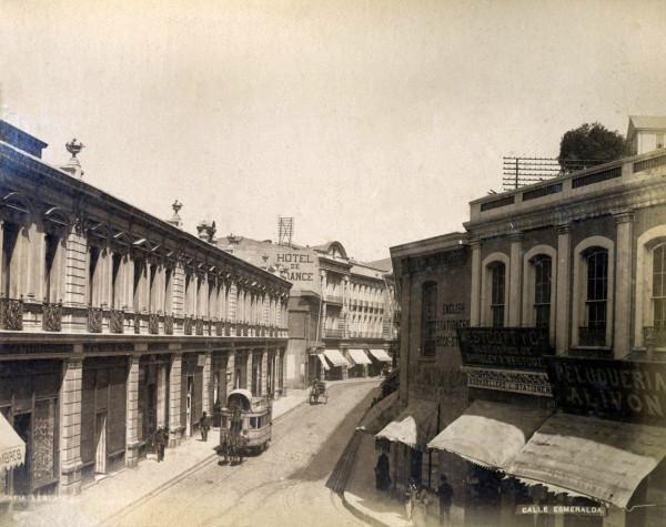 carros de sangre en calle esmeralda, c. 1890.