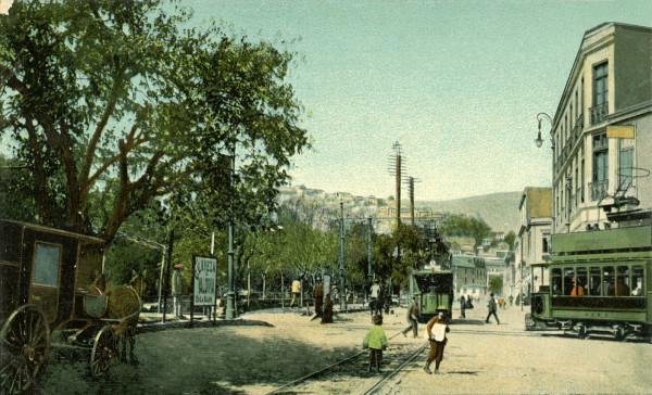 Tranvías en Av. Delicias (actual Av. Argentina), c. 1910.
