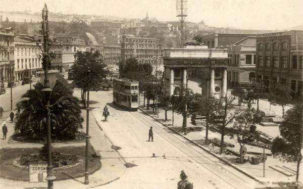 Tranvía belga en Av. Brasil, c. 1930.