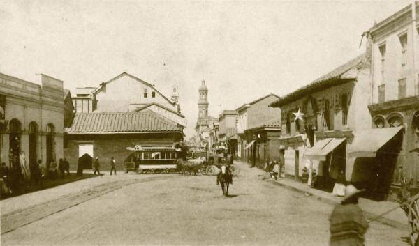 Carro de sangre en calle Puente, c. 1880.