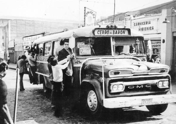 Microbús recorrido cerro Barón, c. 1970