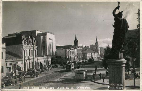 Tranvías y góndolas por Alameda, c.1940