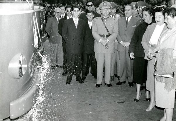 Autoridades inaugurando servicio zonal de la ETCE, 1957.